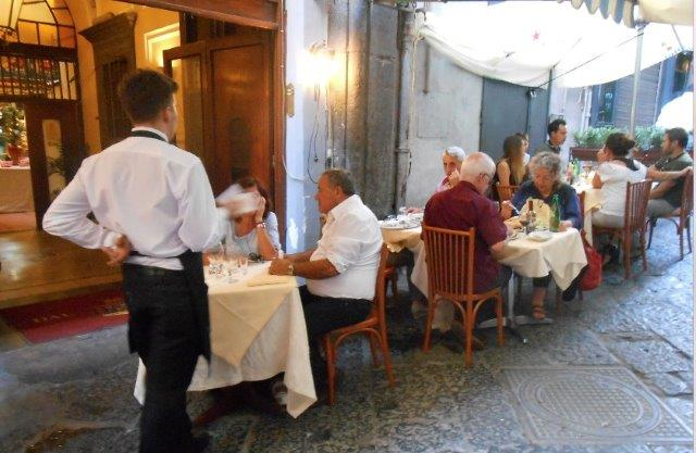 Naples food trattoria