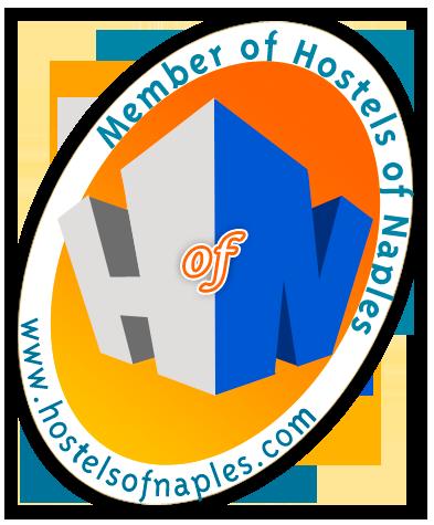 Hostelsofnaplees